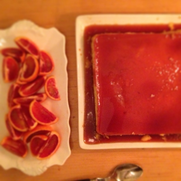 Pretty flan and blood oranges #cookingclub