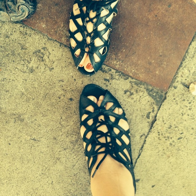 @AshleyTeplin look at us twinsies girls and our sandals!