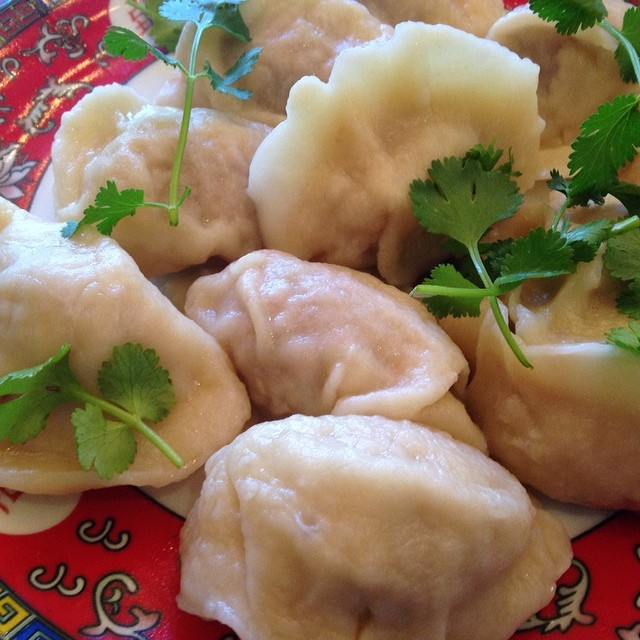 These Pork potstickers @ #Chino are light & tasty + dip in black vinegar and housemade sambal sauce.